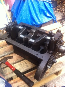 The crank shaft is in and waiting for pistons.